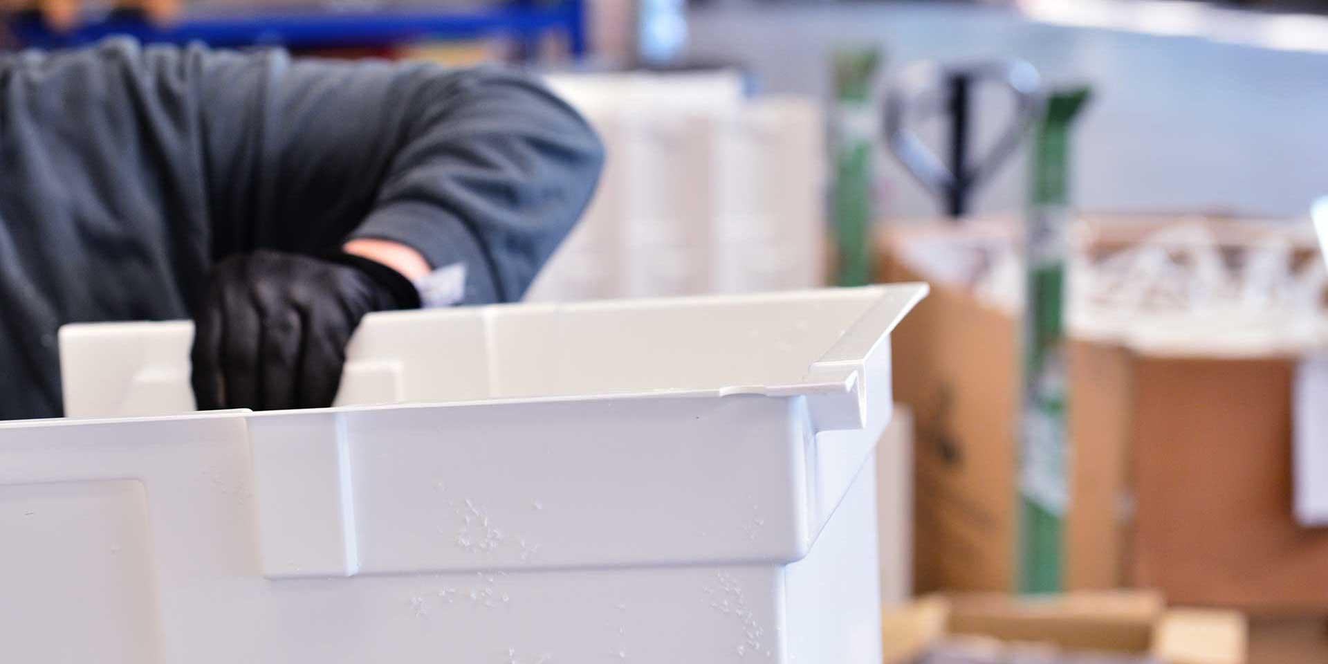 termoformatura componenti plastici per refrigerazione e condizionamento