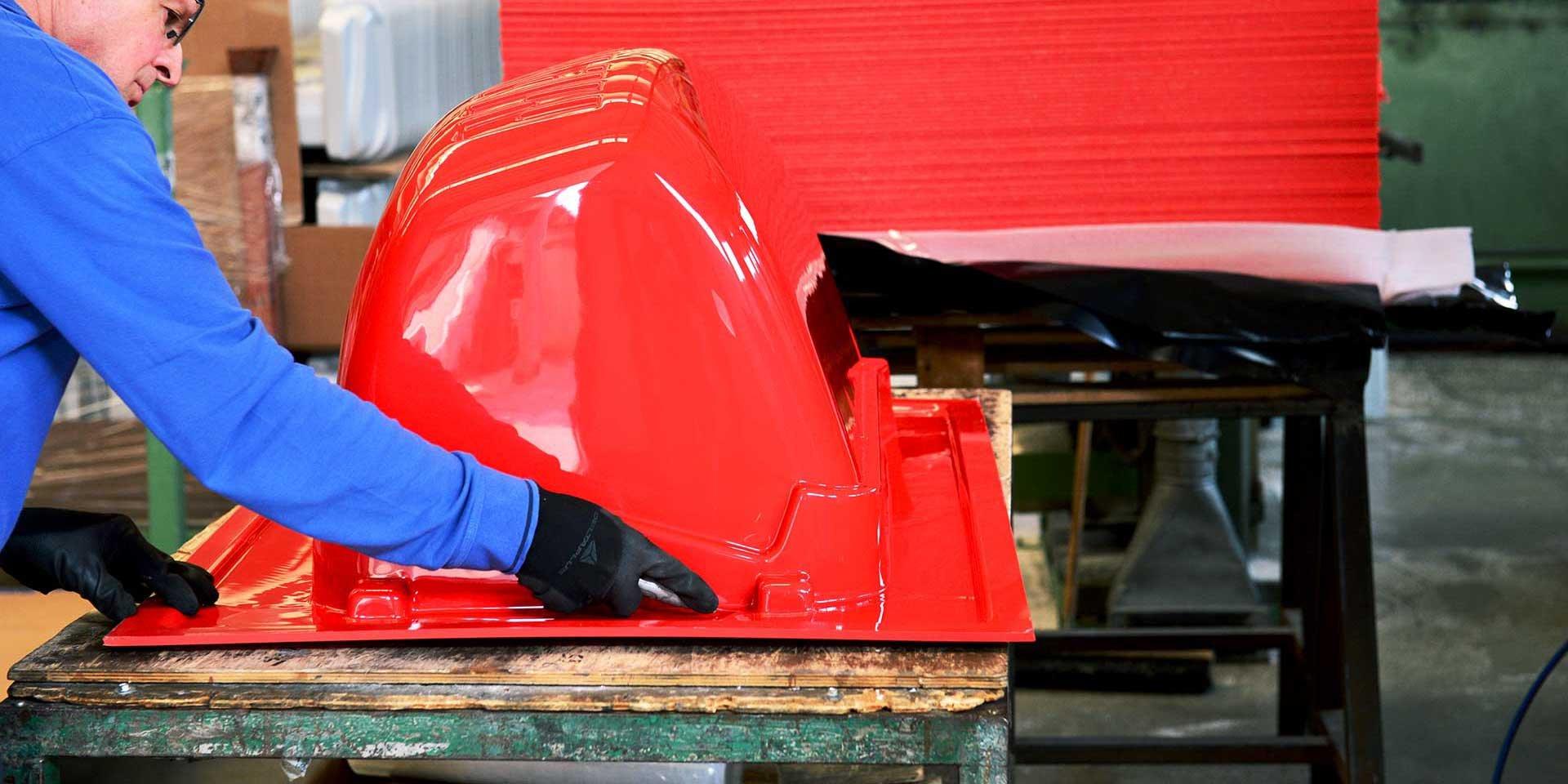 Termoformatura plastica per macchinari movimentazione terra